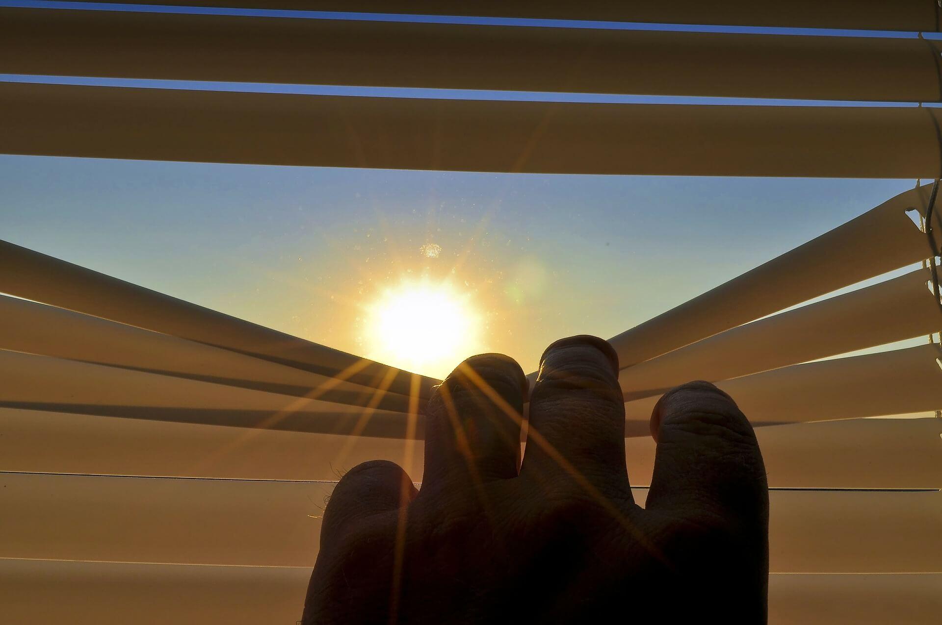 blinds-201173_1920