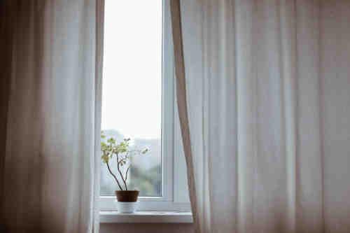 curtains-1854110_1920